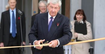 Clive Auld cutting the ribbon at Auckland Tower