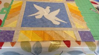 A section of the Blue and Yellow Oakleaf Quilt