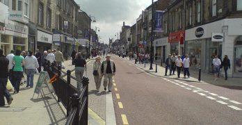 Crowds of people walking in Newgate Street