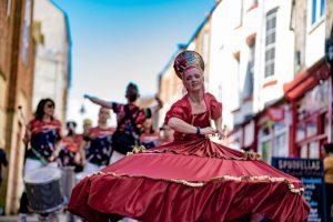 Runaway Samba entertainers in Fore Bondgate
